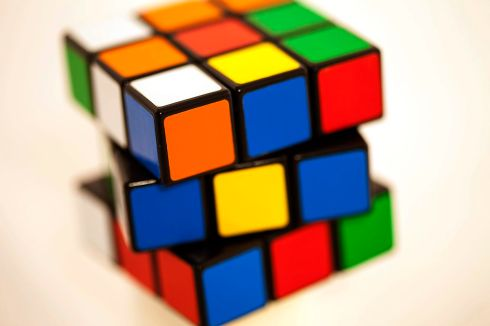 rubiks-cube-Sonny-Abesamis-flickr-56f31d8a5f9b5867a1c9198d